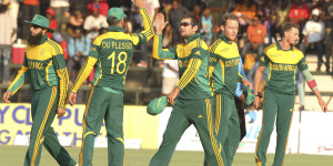 South Africa players celebrate their win over Zimbabwe © Associated Press
