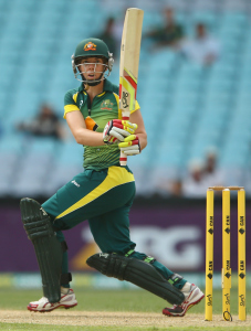 Elyse Villani scored an unbeaten fifty © Getty Images