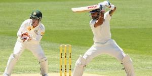 Virat Kohli plays through point © Getty Images