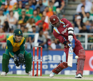 Marlon Samuels played the perfect foil to Chris Gayle © Associated Press