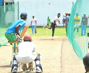 Devendra Bishoo bowling in the nets