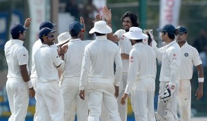 Ishant Sharma is greeted by team-mates for achieving his 200th wicket, that of Angelo Mathews, Sri Lanka v India, 3rd Test, SSC, Colombo, 5th day, September 1, 2015
