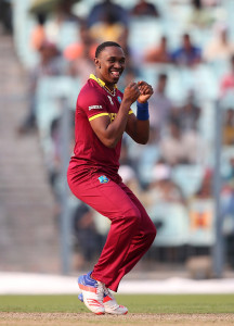 Dwayne Bravo breaks into a jig after taking a wicket © Getty/ICC